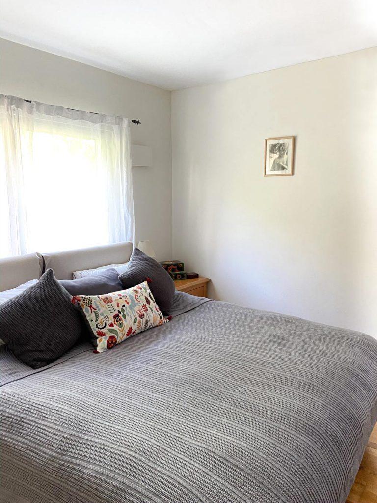 חדר שינה סגנון וינטאג׳ מודרני