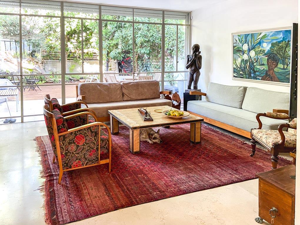 סיור בית: בית נעים ומיוחד בסגנון וינטאג׳־מודרני