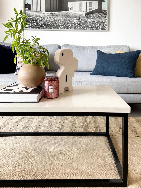 Story Time: הסיפור מאחורי עיצוב הסלון שלנו