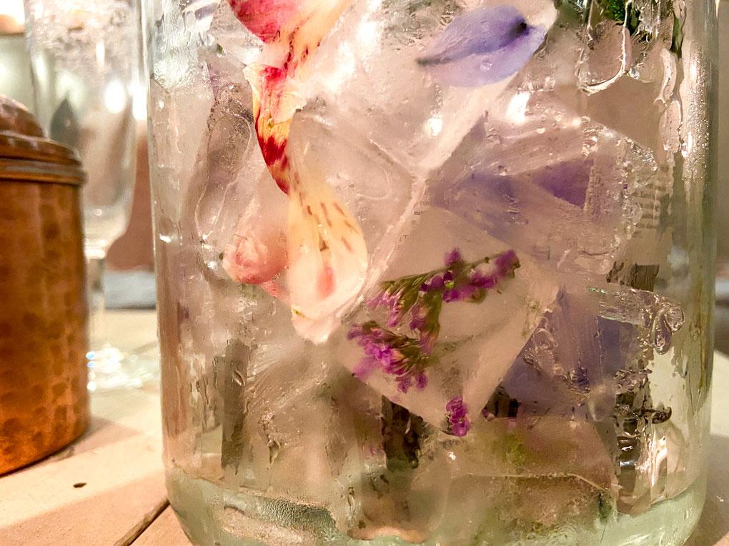 קרח עם פרחים DIY