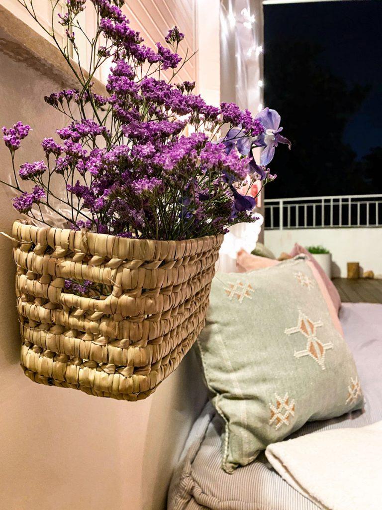 סלסלה תלוי פרחים ערב רומנטי בסילבסטר