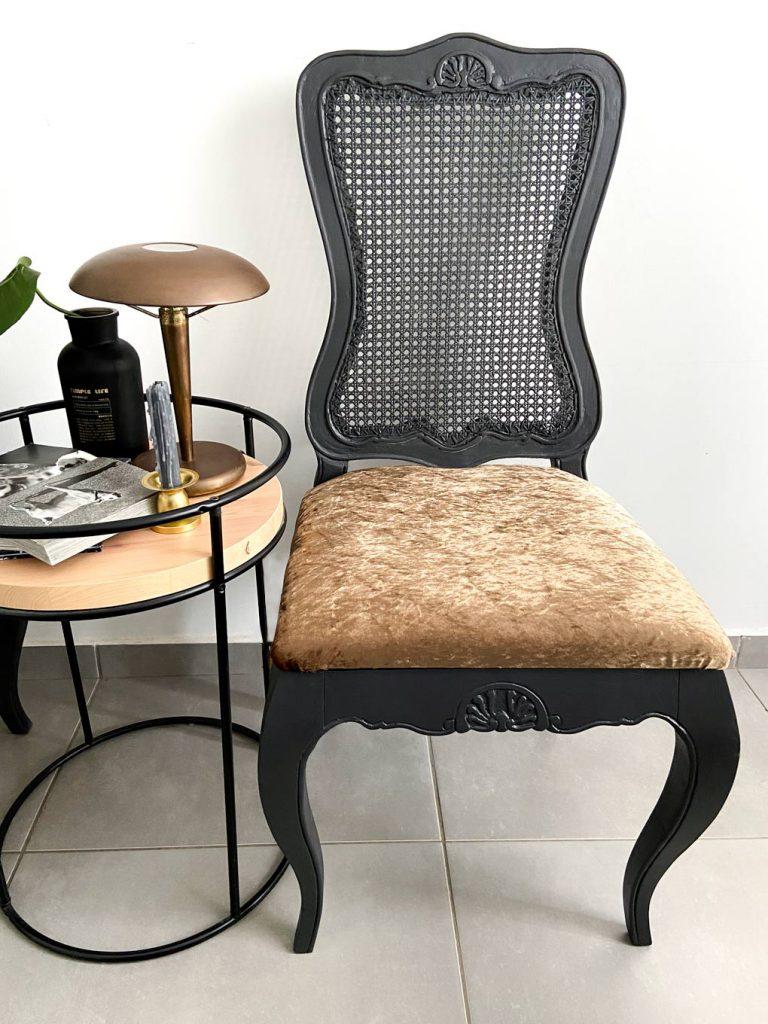 שימוש בקיים: איך הפכתי כסאות ישנים שמצאתי ברחוב לחדשים לגמרי